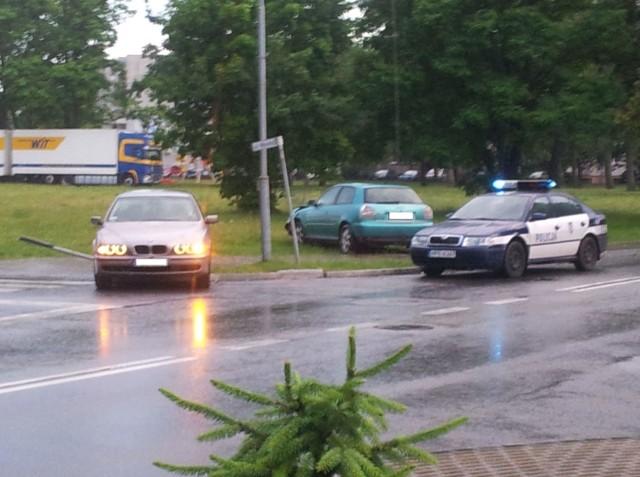 Do zderzenie dwóch niemieckich aut doszło an skrzyżowaniu ulic Wodnej i Wyszyńskiego.
