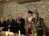 Spotkanie opłatkowe w tarnowskim Bractwie Kurkowym. Kolędy śpiewali biskup Stanisław Salaterski i prezydent Roman Ciepiela