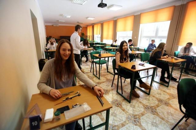 Egzamin zawodowy 2019 - ARKUSZ CKE + KLUCZ ODPOWIEDZI