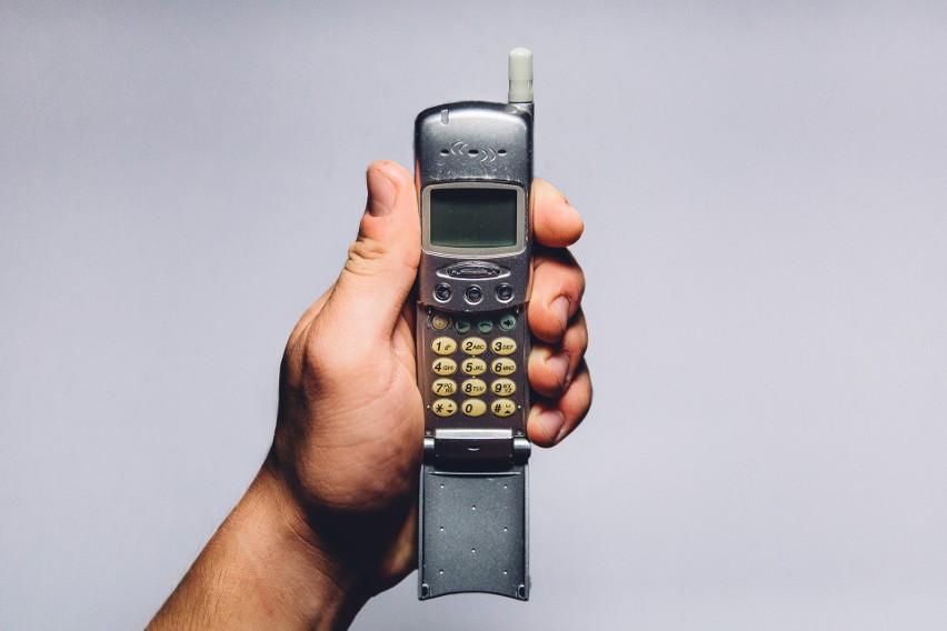 10 SMS-ów, które przeszły do historii - te wiadomości zmieniły świat!