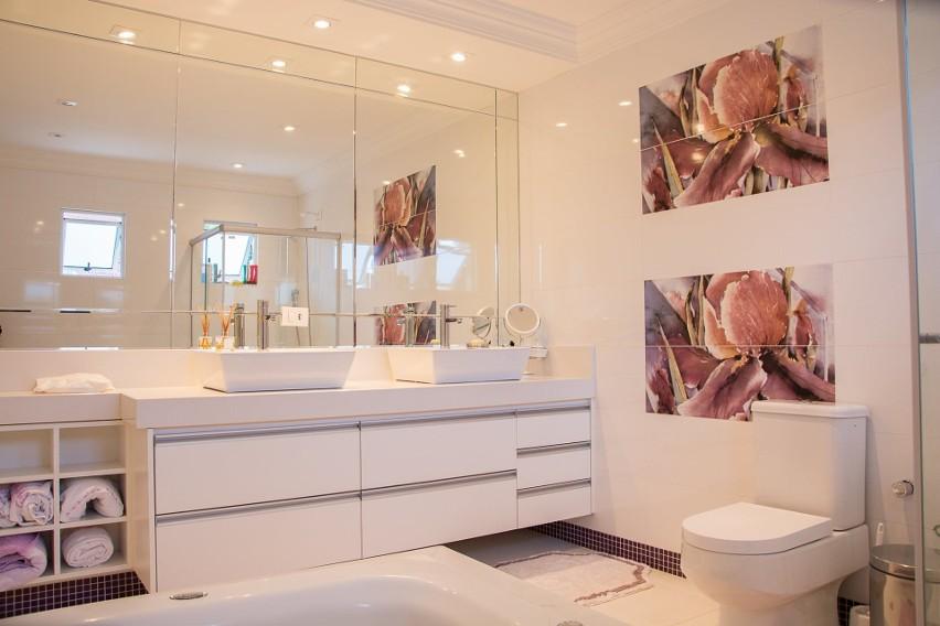Oświetlenie łazienkowe Jak Powinno Wyglądać Echo Dnia