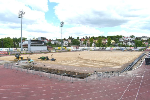 Postęp prac na stadionie w Chojnicach (4.06.2020)