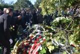 Pogrzeb Adama Fudalego. Pożegnanie prezydenta na cmentarzu parafialnym ZDJĘCIA I WIDEO