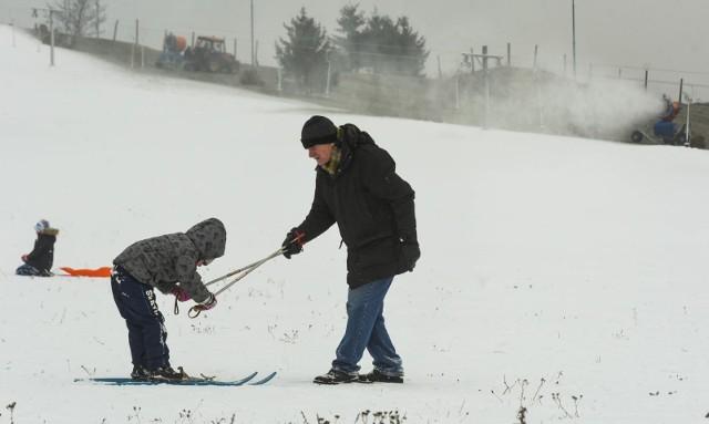 Pogoda na zimę 2020/21. Kiedy możemy spodziewać się przyjścia zimy? Czy będzie śnieg i mróz? Sprawdź najnowsze prognozy pogody na nadchodzącą zimę!Jaka będzie zima w sezonie 2020/21? Sprawdź najnowsze prognozy na kolejnych stronach --->