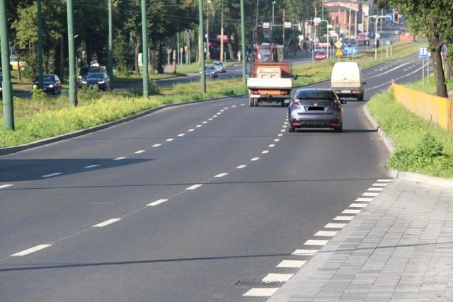 Tak wygląda odnowiony fragment ulicy Piłsudskiego oraz nowy parking w rejonie ulicy Tysiąclecia Zobacz kolejne zdjęcia/plansze. Przesuwaj zdjęcia w prawo - naciśnij strzałkę lub przycisk NASTĘPNE