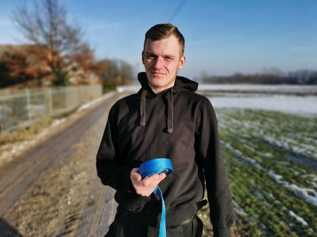 Damian Krasucki uratował wędkarza na jeziorze Krukowo w powiecie włocławskim
