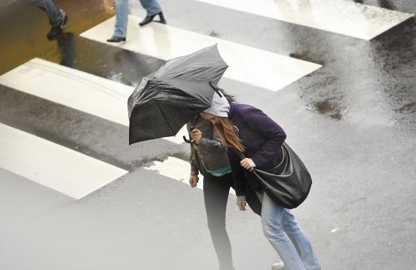 W środę po południu zachmurzy się, spodziewane są też opady deszczu.