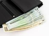Rekord! Polacy przez miesiąc zabrali z banków 6 mld zł oszczędności