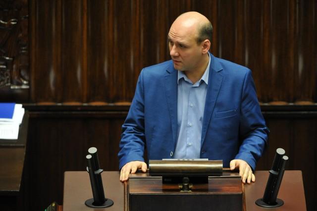 Poseł PiS Szymon Szynkowski vel Sęk nie będzie już przedstawicielem Poznania w Związku Miast Polskich.
