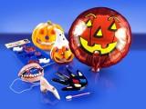 Na Halloween świetnie sprzedają się wampirze zęby