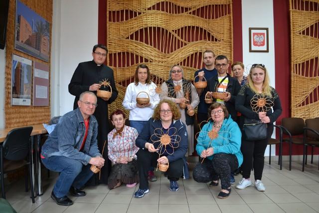 Uczestnicy warsztatów dla osób niesłyszących