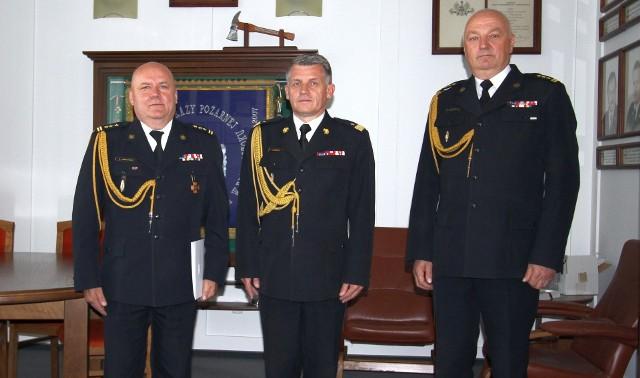 St. bryg. Andrzej Jabłoński (pierwszy z lewej) został p.o. zastępcy podlaskiego komendanta wojewódzkiego straży pożarnej