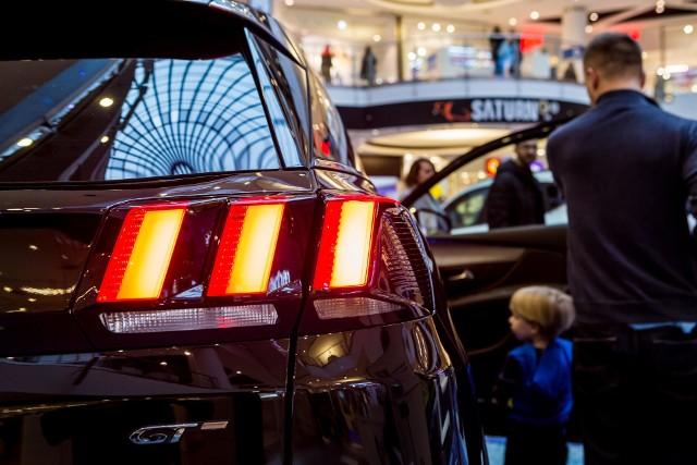 Zdaniem przedstawicieli motoryzacji, marki spoza branży mają szansę na rozwój, ale tylko przy wsparciu producentów motoryzacyjnych.