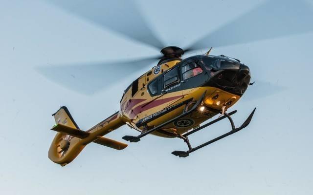 Na miejsce został wezwany śmigłowiec Lotniczego Pogotowia Ratunkowego.