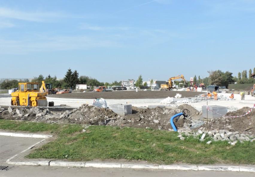 Trwa budowa ronda turbinowego w Inowrocławiu oraz modernizacja sąsiadujących z nim ulic