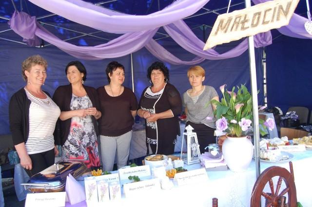 Sołectwu Małocin jury przyznało nagrodę za sernik z malinami Marylki.