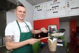 Makarony w pięć minut w różnych wariantach - to nowy pomysł na lokal w Kielcach. Na Rynku ruszyła Pasta Mia