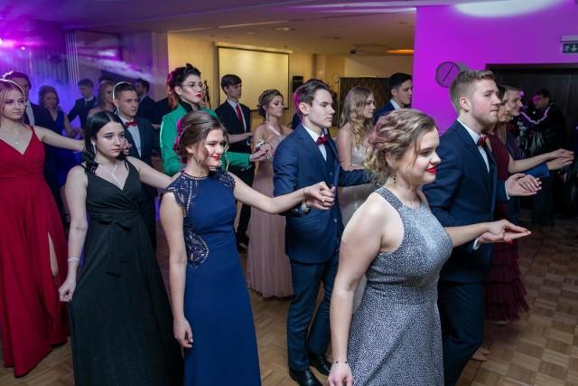 Do białego rana - tak w hotelu City bawili się tegoroczni maturzyści z V Liceum Ogólnokształcącego w Bydgoszczy. Zobaczcie zdjęcia!
