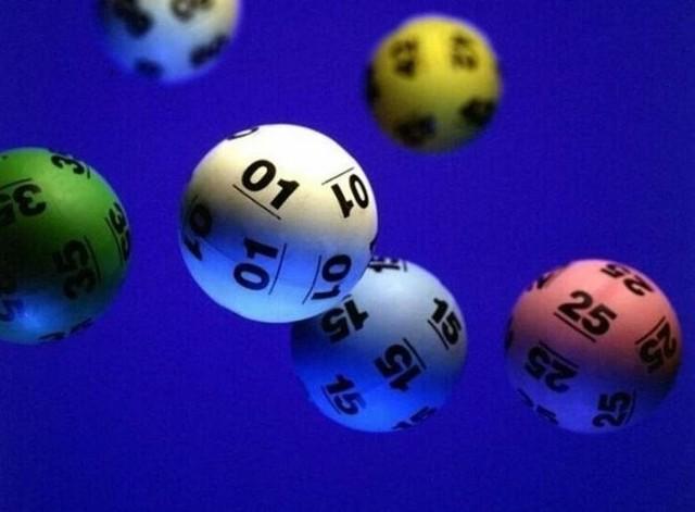 Wyniki Lotto 1 maja [WYNIKI LOSOWANIA LOTTO 1.05. KUMULACJA]