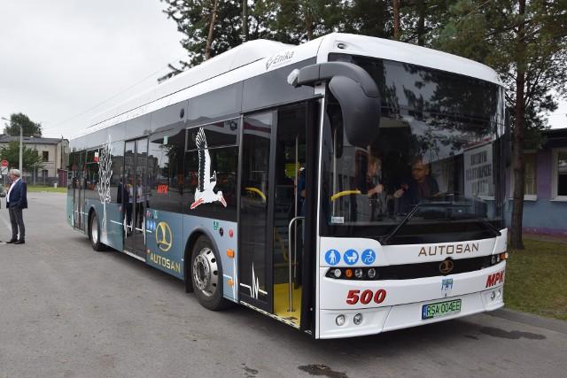 Na kilku liniach będzie kursować autobus elektryczny