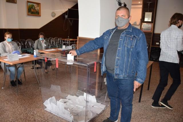 Frekwencja w skalskim referendum w sprawie odwołania burmistrza okazała się zbyt niska, żeby głosowanie uznać za ważne