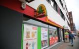 Zakaz handlu w niedzielę do zmiany. PiS położy kres niedzielnym zakupom w Żabce?