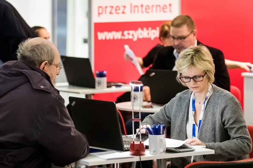 W piątek i sobotę urzędnicy pomogą wypełnić zeznania podatkowe w sześciu centrach handlowych w województwie łódzkim