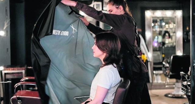 Salony fryzjerskie i kosmetyczne są otwarte od 26 kwietnia. Ale nikt nie da gwarancji, że znów nie zostaną zamknięte.