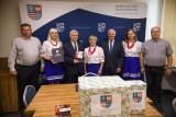 Zwycięskie Koło Gospodyń Wiejskich Występy u marszałka województwa (ZDJĘCIA)