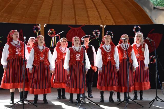 Zespół śpiewaczy Tarłowiacy w 2020 roku.
