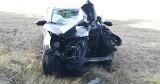 Wypadek na drodze z Łupawy do Darżyna. Kia Sportage zatrzymała się na drzewie