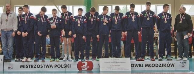 Tak prezentują się brązowi medaliści mistrzostw Polski z Wifamy