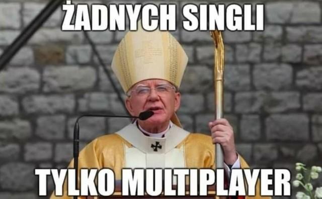 """Abp Jędraszewski ostrzega przed """"ideologią singli"""". Co na to internauci? Zobacz memyZobacz kolejne zdjęcia. Przesuwaj zdjęcia w prawo - naciśnij strzałkę lub przycisk NASTĘPNE"""