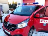 """Oto """"nowe"""" auto dla strażaków ochotników z Osia. Zobaczcie, jak wygląda! [zdjęcia]"""