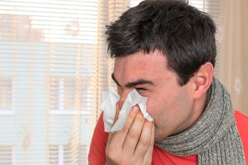 Nieżyt nosa nazywany powszechnie katarem, czyli kichanie i...