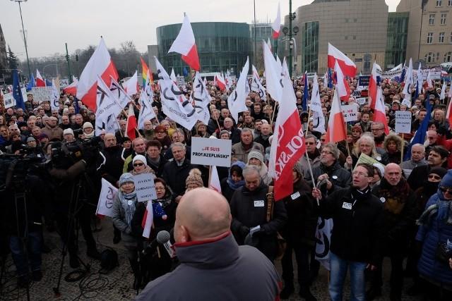 Komitet Obrony Demokracji po raz kolejny demonstrował w Poznaniu