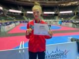 Uwaga! Talent w Poznaniu! Julia Nowak obroniła tytuł mistrzyni Europy kadetek i jest prawdziwą szakalicą na matach taekwondo