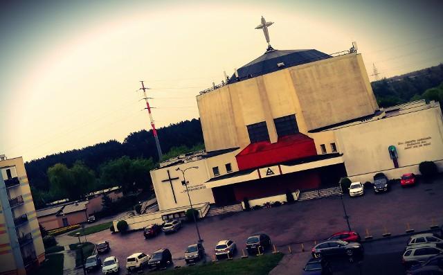 Przeniesiony ksiądz dostał zadanie nauczania religii w byłym już Gimnazjum nr 13 przy ul. Baczyńskiego na Kapuściskach. Został też opiekunem ministrantów w parafii przy ul. Sandomierskiej.