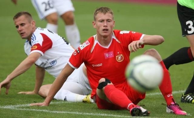 Dziś okaże się, czy Eduards Visnakovs będzie mógł zagrać w sobotnim meczu Widzewa.