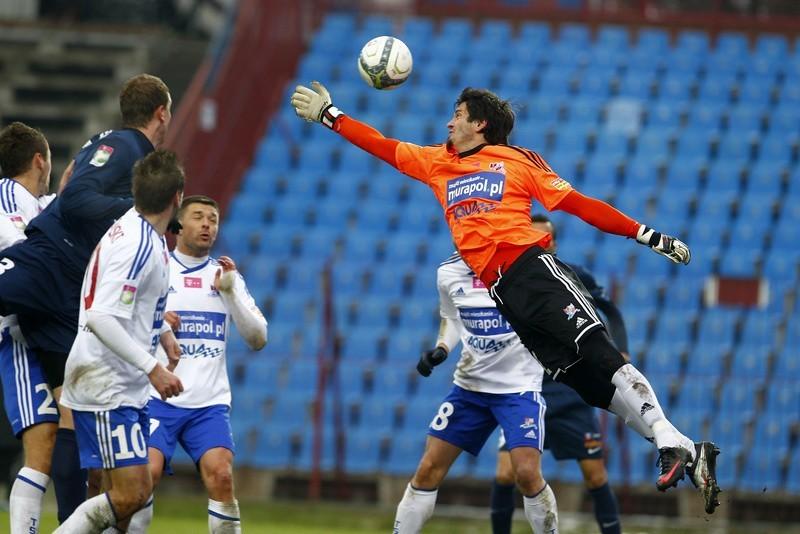 Richard Zajac, bramkarz Podbeskidzia, dwukrotnie skapitulował w meczu Piasta Gliwice.