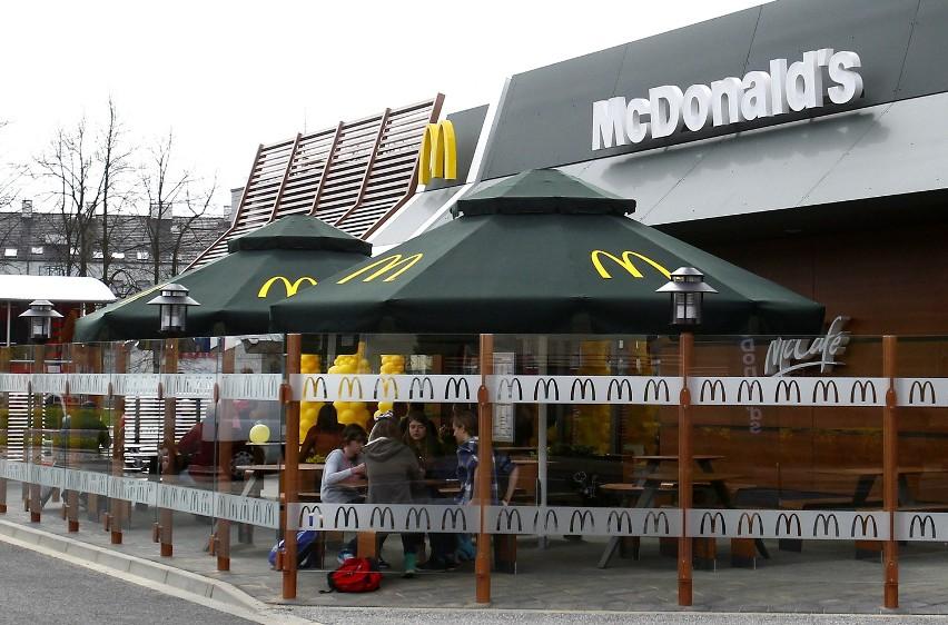 Nowa restauracja McDonald's w SzczecinieProjekt wnętrza szczecińskiej restauracji został wykonany przez Europejskie Studio Projektowe w Paryżu.