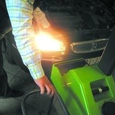Po wymianie żarówek światła trzeba ustawić u mechanika