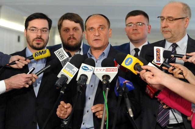 Paweł Kukiz nie jest obecny w sejmie. Trafił do szpitala.