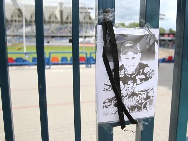 Podobnie jak przed rokiem, kibice uczczą pamięć Lee Richardsona na stadionie przy ul. Hetmańskiej.
