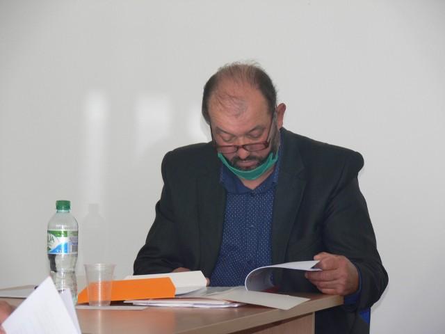 Radny Polit z pełną odpowiedzialnością twierdzi, że próba odebrania mu mandatu to gra polityczna wójta Wilczyc Roberta Palucha.