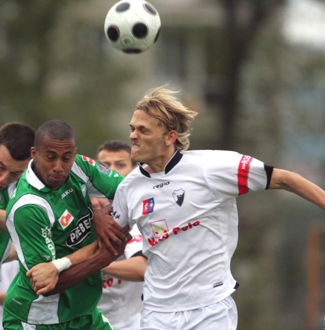 Litwin Paulius Paknys (z prawej) grał w Kmicie Zabierzów, teraz ma szansę trafić do Stali Stalowa Wola.