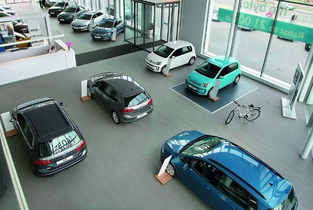 Wynajmem aut w systemie flotowym najczęściej interesują się firmy medyczne, farmaceutyczne, budowlane i bankowe