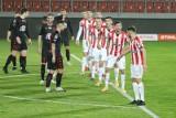 Mecz Jagiellonia Białystok - Cracovia ONLINE. Ten sezon jest przegrany. Gdzie oglądać w telewizji? TRANSMISJA TV NA ŻYWO