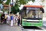 Autobusy też zaczynają wakacje. Na ulice wyjdzie mniej autobusów i trolejbusów. Ale to nie jedyne zmiany w komunikacji miejskiej