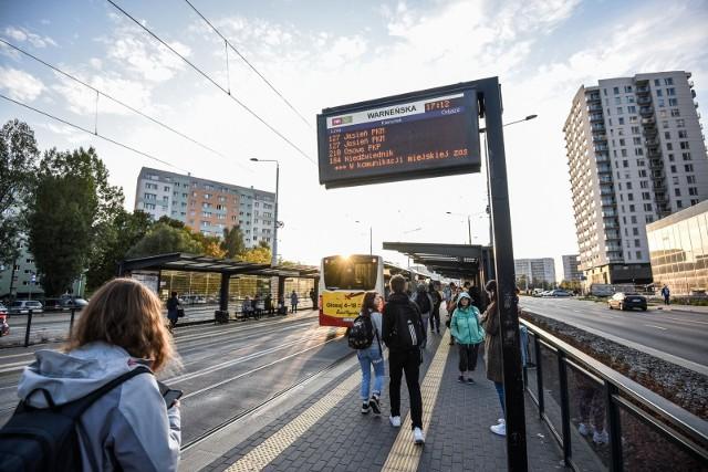 07.10.2021 gdanskkomunikacja miejska w gdansku - piecki - migowo. autobus / autobusy linii 127fot. przemek swiderski / polska press / dziennik baltycki